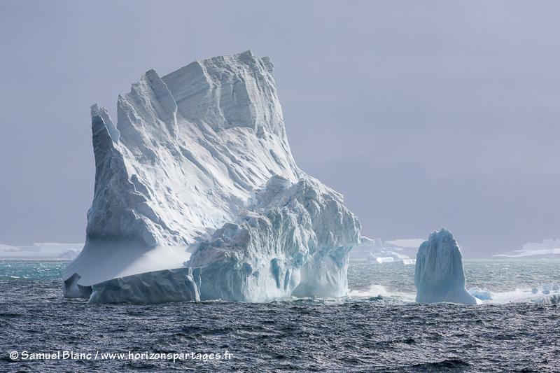 Iceberg au large de la Géorgie du Sud