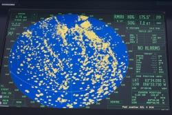 Navigation entre les icebergs / Navigation between icebergs