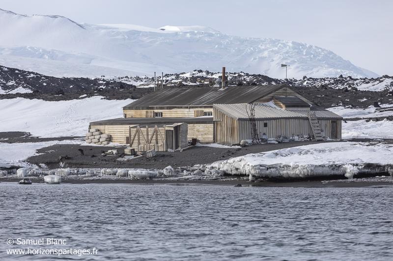 Cabane de l\'expédition Terra Nova (1910-1913) / Hut of Terra Nova Expedition (1910-1913)