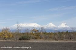 -SamueVolvans Klyuchevskoy et Kamen / Klyuchevskoy and Kamen volcanoesl_Blanc-20150924_152608