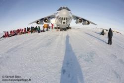 L'ilyushin juste après son atterrissage / Ilyushin just after the landing