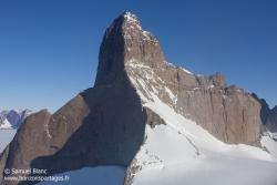 Le mont Ulvetanna (2 931 m) / Ulvetanna Mount