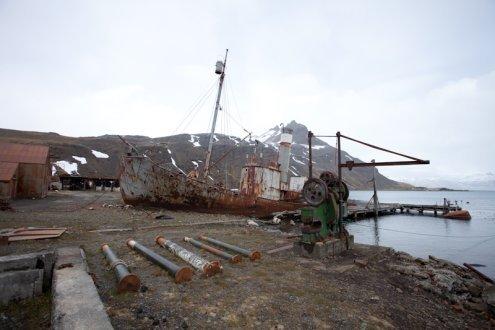 Epave d'un navire de chasse à la baleine à Grytviken en Géorgie du Sud