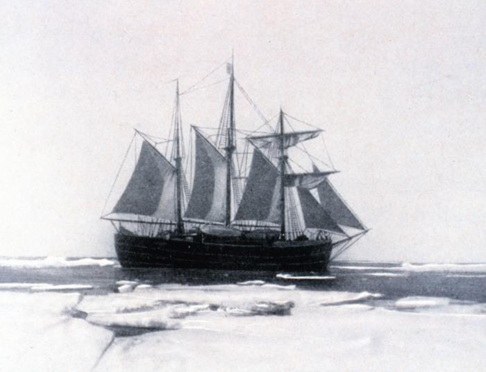 Le Fram dans les glaces
