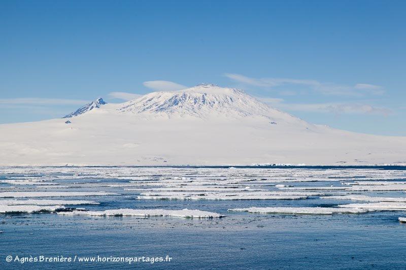 Le Mont Erebus en mer de Ross