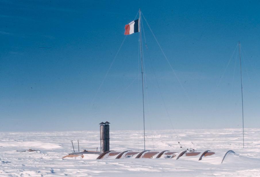 Base Charcot en Antarctique en 1958